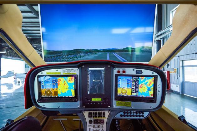 CTLS飛行模擬器_六軸動感 1